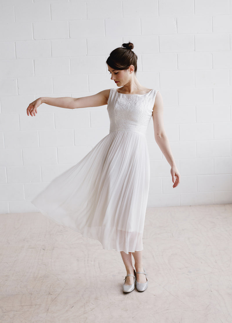 Vintage 1960s White Ballerina Dress / The MARGOT Dress / XS/S