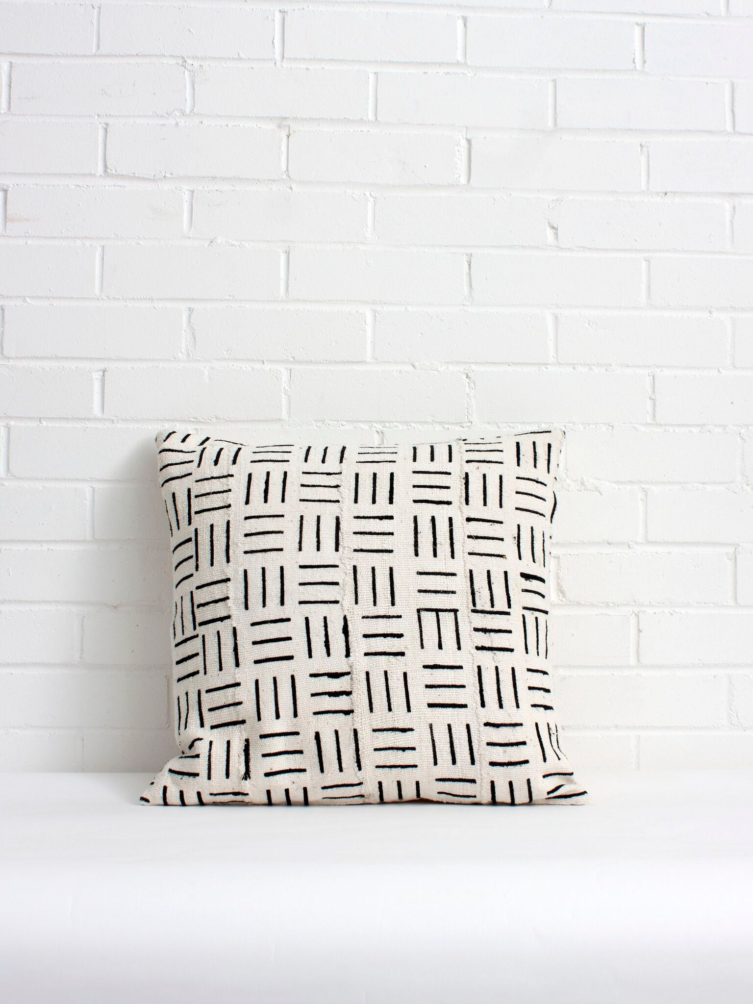 White Mudcloth Pillows with Black Line Print - Bohemian Monochrome Pillow Cover