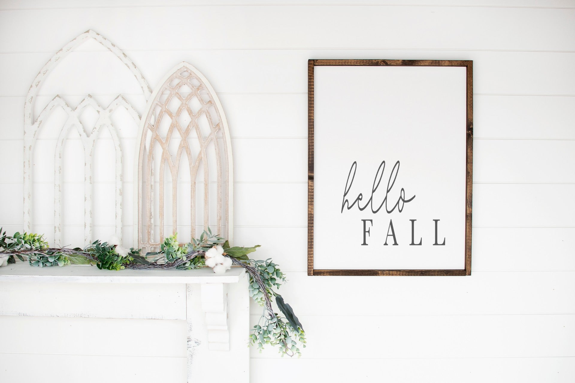 Hello Fall -Farmhouse Wooden Sign