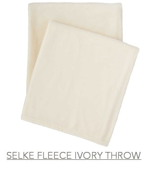 Selke Fleece Throw in Ivory