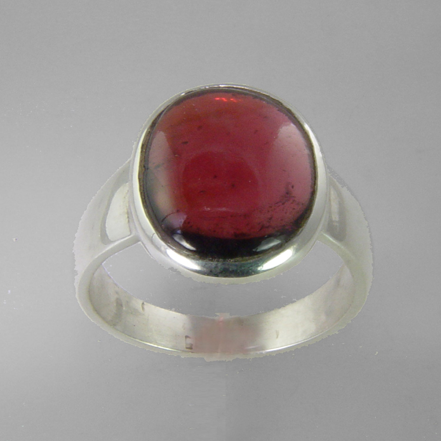 Garnet 2.8 ct Oval Cab Sterling Silver Ring, Size 6