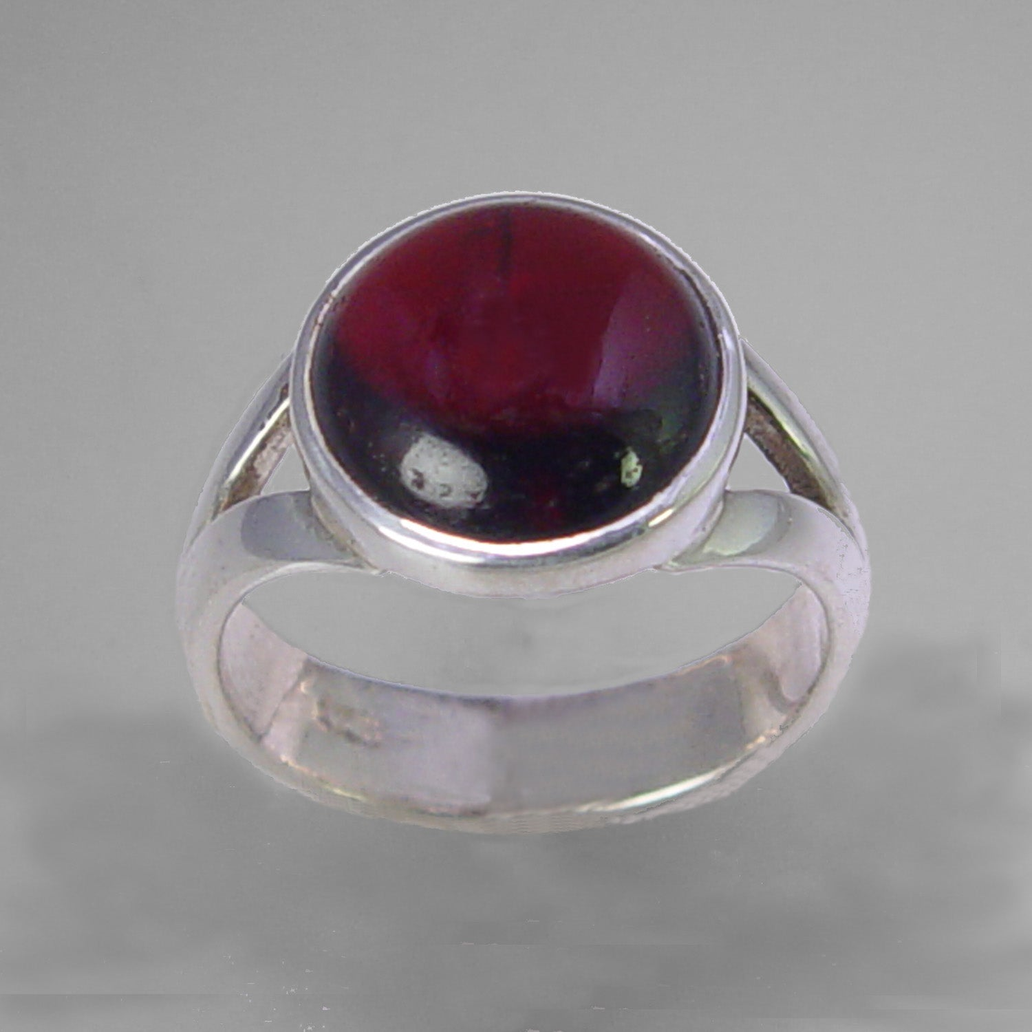 Garnet 4.6 ct Round Cab Sterling Silver Ring, Size 7