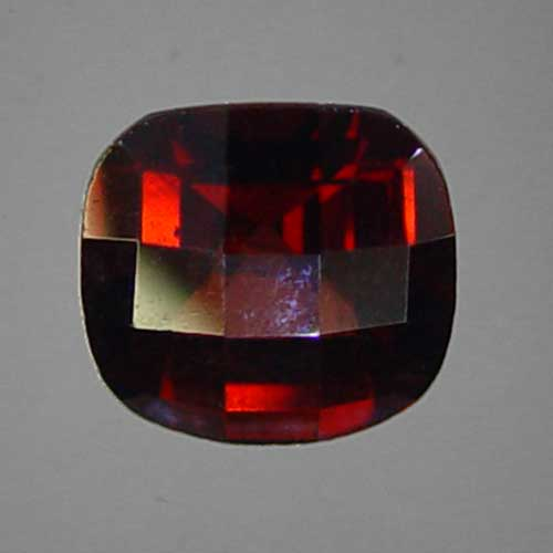 red garnet is a gemstone for the sun