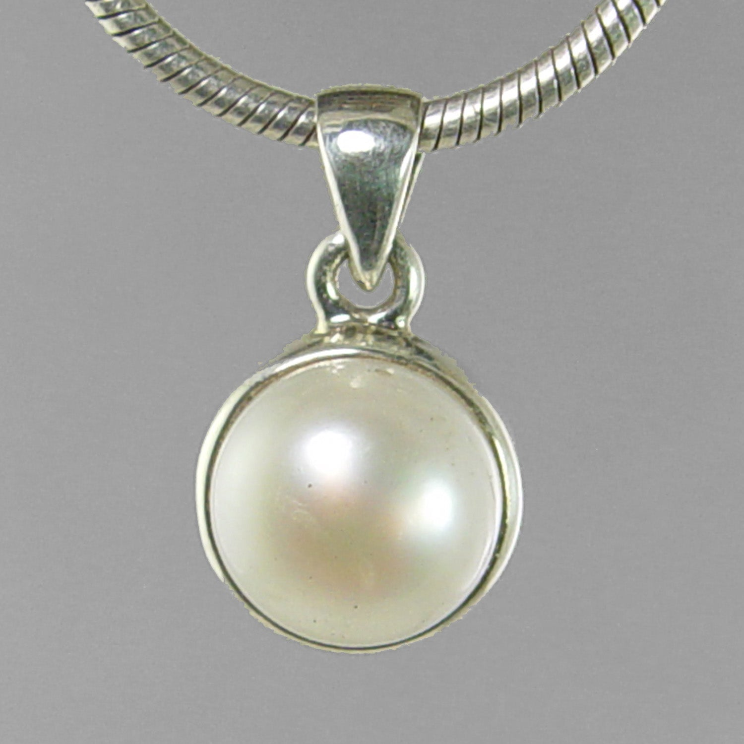 Pearl 5.5 ct Freshwater Pearl Sterling Silver Pendant