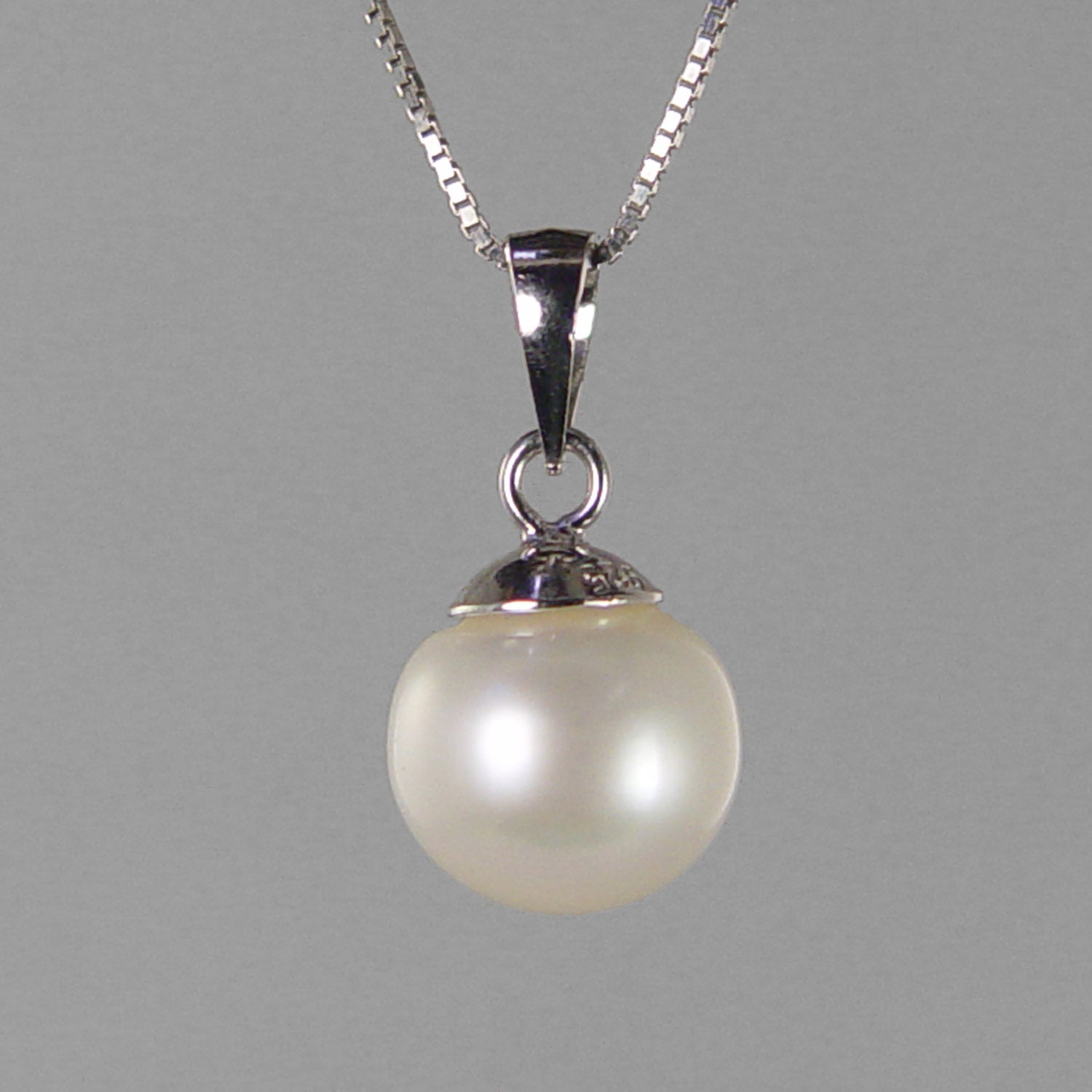 Pearl 6 ct 9.5 mm Round Freshwater Pearl With Sterling Silver Bail Pendant