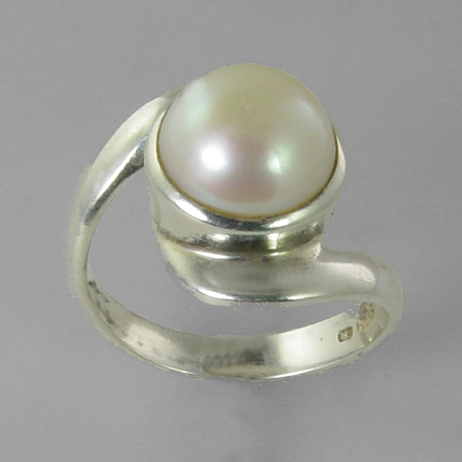 Pearl 5 ct Freshwater Pearl Bezel Bypass Set Sterling Silver Ring, Size 8.5
