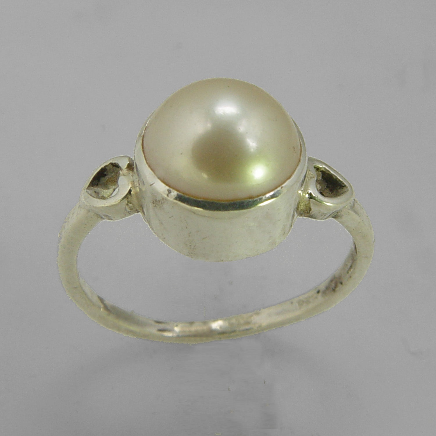 Pearl 5.2 ct Freshwater Pearl Heart Shank Set Sterling Silver Ring, Size 7