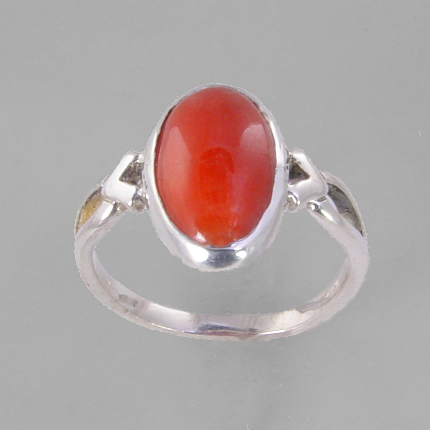Red Coral 2.75 ct Cab Bezel Set V Shank Sterling Silver Ring, Size 7