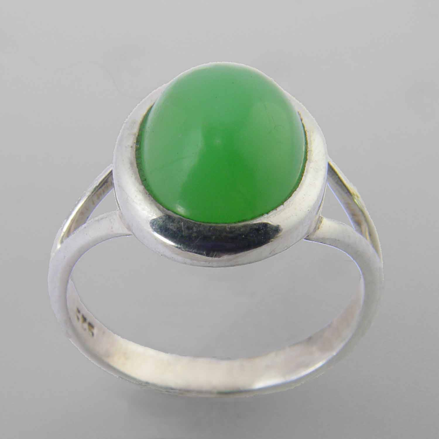 Chrysoprase 5.2 ct Oval Cab Bezel Set Sterling Silver Ring, Size 9