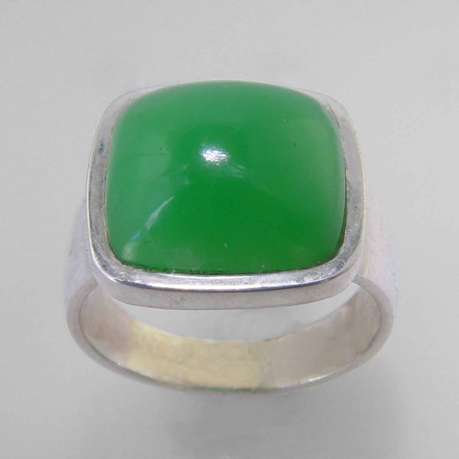 Chrysoprase 7.3 ct Antique Square Cab Bezel Set Sterling Silver Ring, Size 7