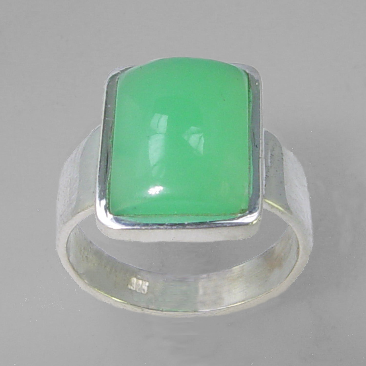 Chrysoprase 8.75 ct Emerald Cab Bezel Set Sterling Silver Ring, Size 7.5