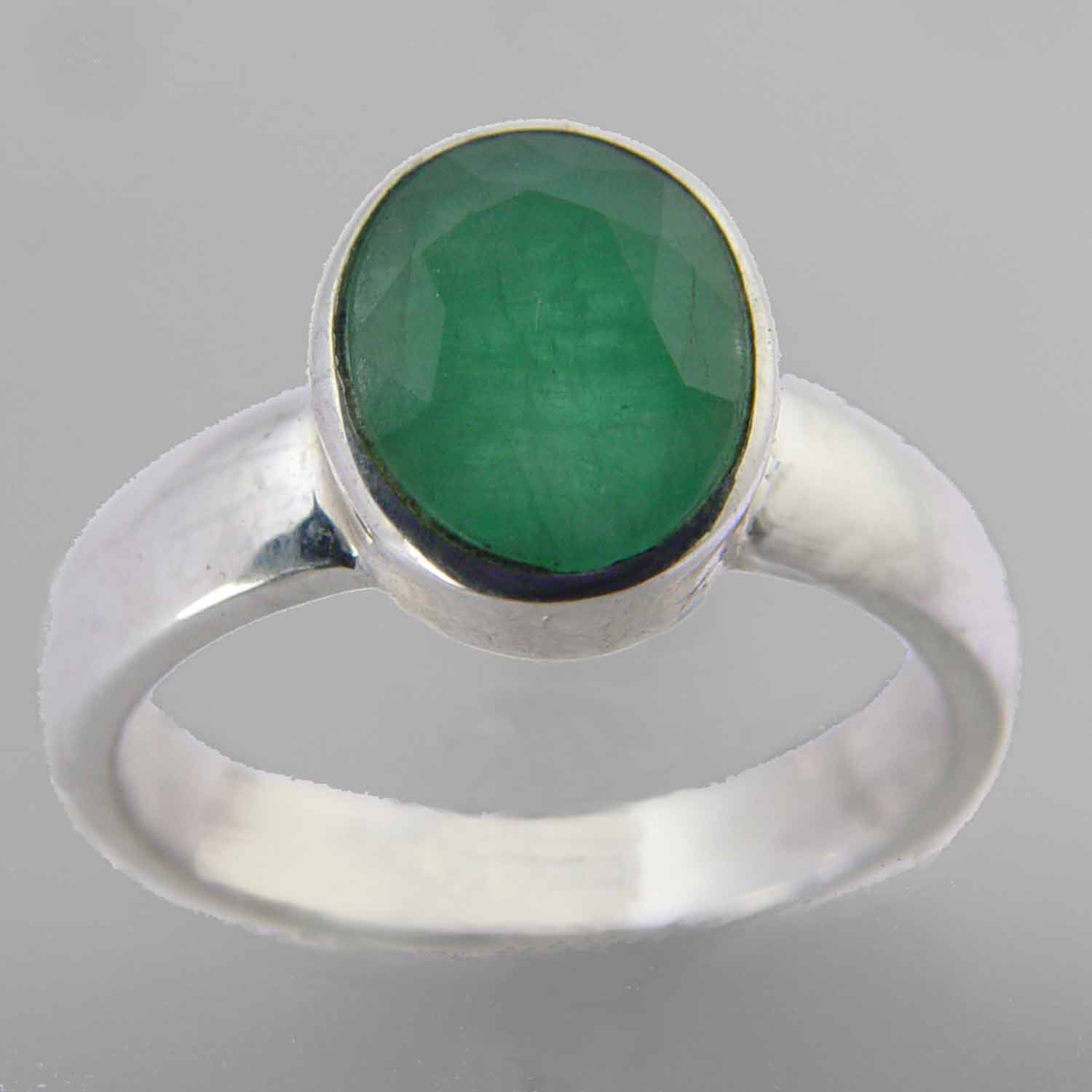 Emerald 2.7 ct Oval Bezel Set Sterling Silver Ring, Size 7