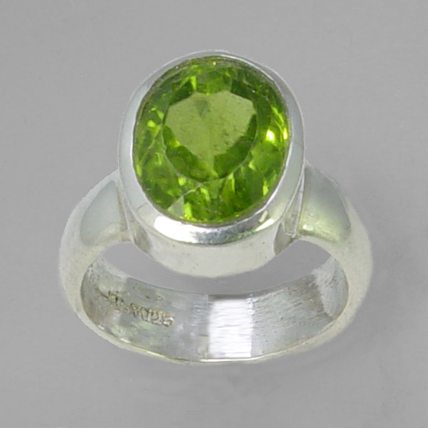 Peridot 5.2 ct Oval Bezel Set Sterling Silver Ring, Size 5.25