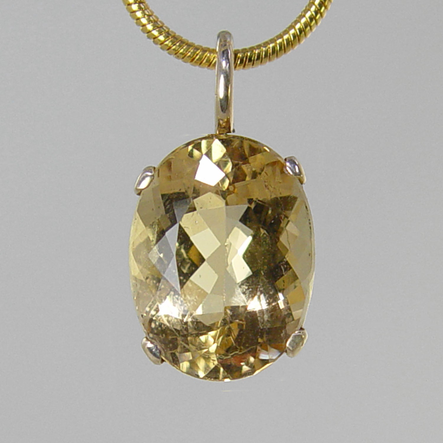 Yellow Beryl 8.24 ct Faceted Oval Prong Set 14KY Gold Pendant
