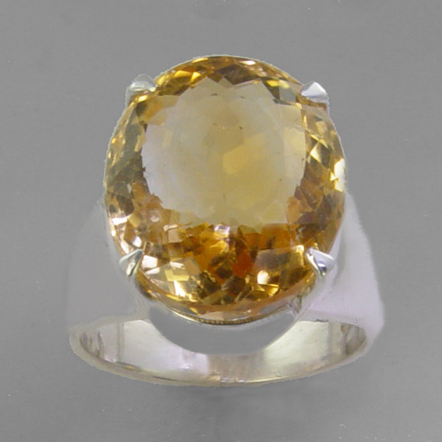Citrine 15.8 ct Oval  Prong Set Sterling Silver Ring, Size 8.5