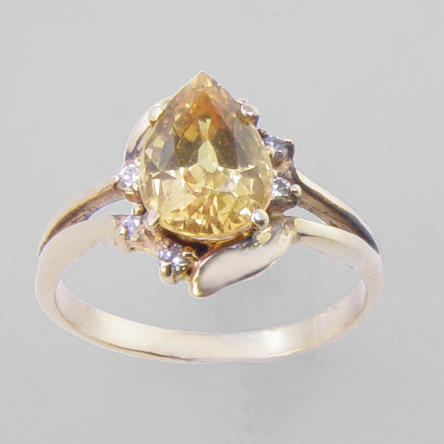 Yellow Sapphire 2.4 ct Faceted Pear With 6 Diamonds 14KY Gold Ring, Size 7