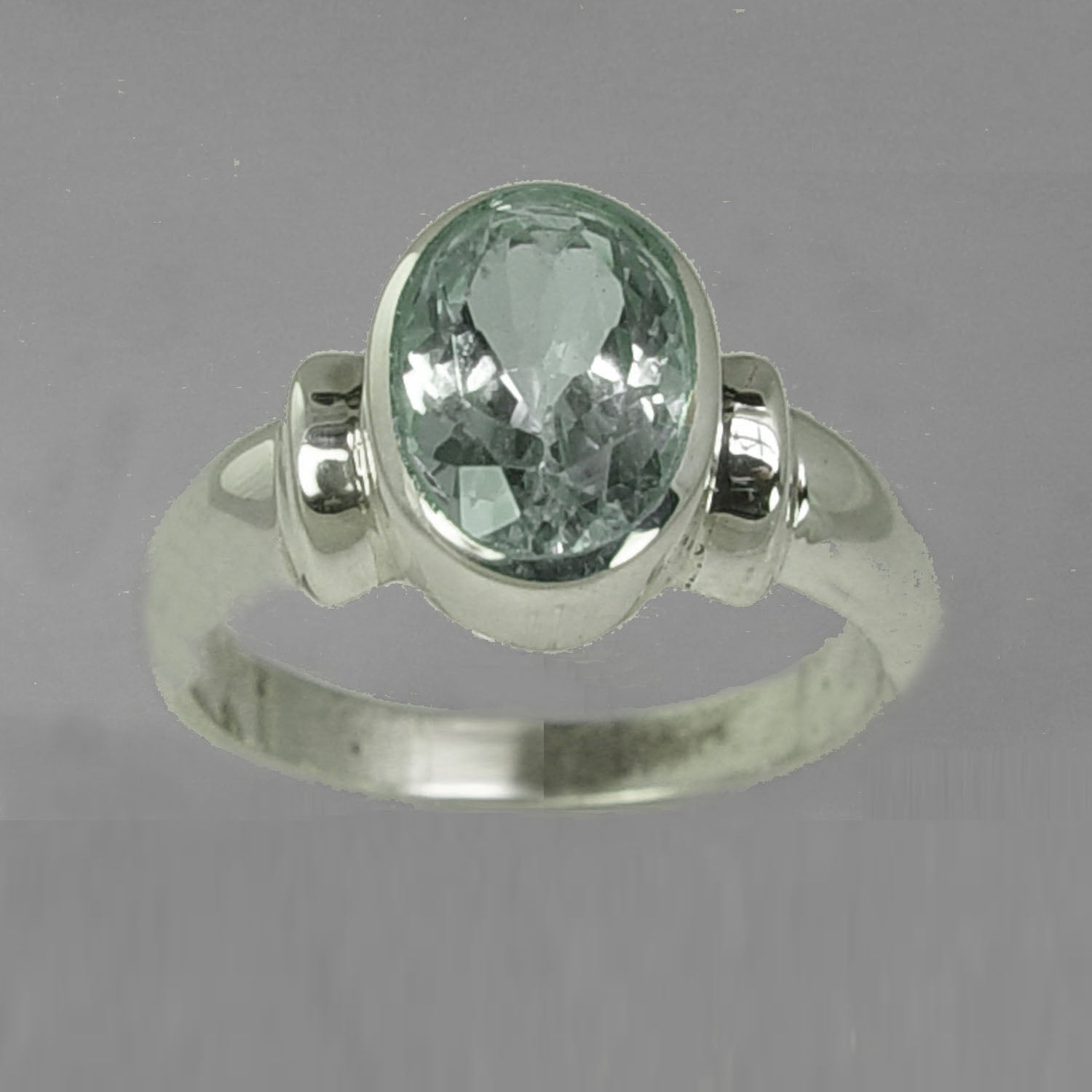 Aquamarine 3 ct Oval Bezel Set Sterling Silver Shoulder Shank Ring, Size 7