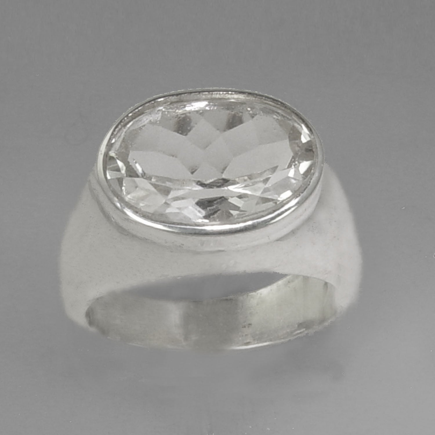 Quartz Crystal 4 .5 ct Oval Bezel Set Sterling Silver Ring, Size 7