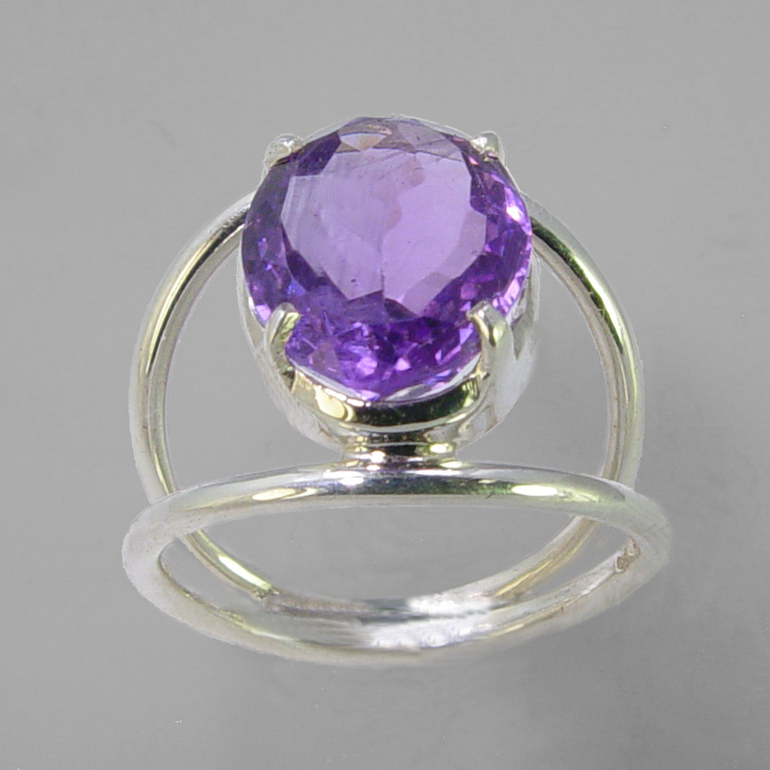 Amethyst 4.7 ct Oval Sterling Silver Ring, Size 7.5