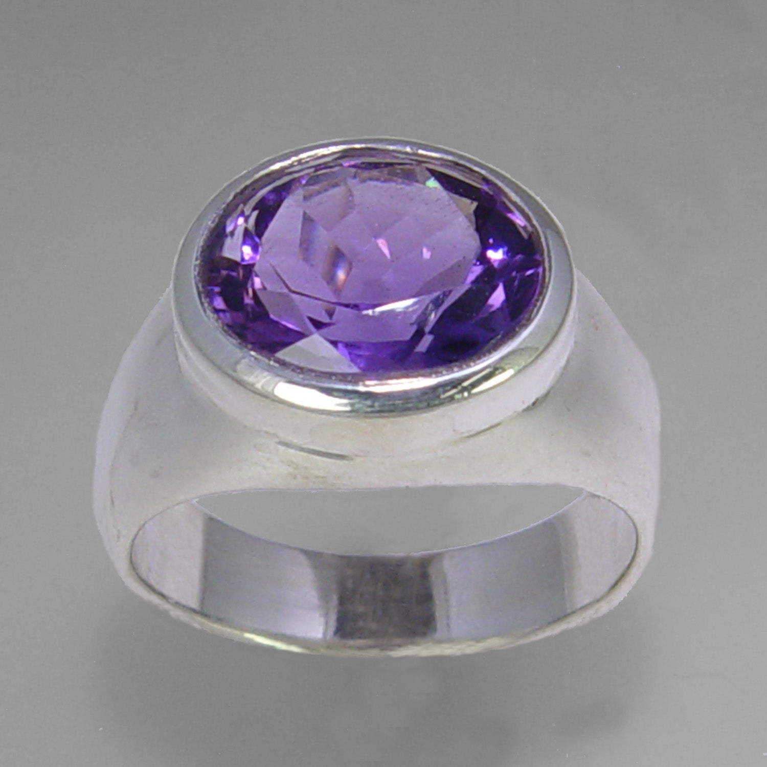 Amethyst 5.2 ct Oval Bezel Set Sterling Silver Ring, Size 7.75