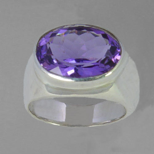 Amethyst 5.75 ct Oval Bezel Set Sterling Silver Ring, Size 6.75