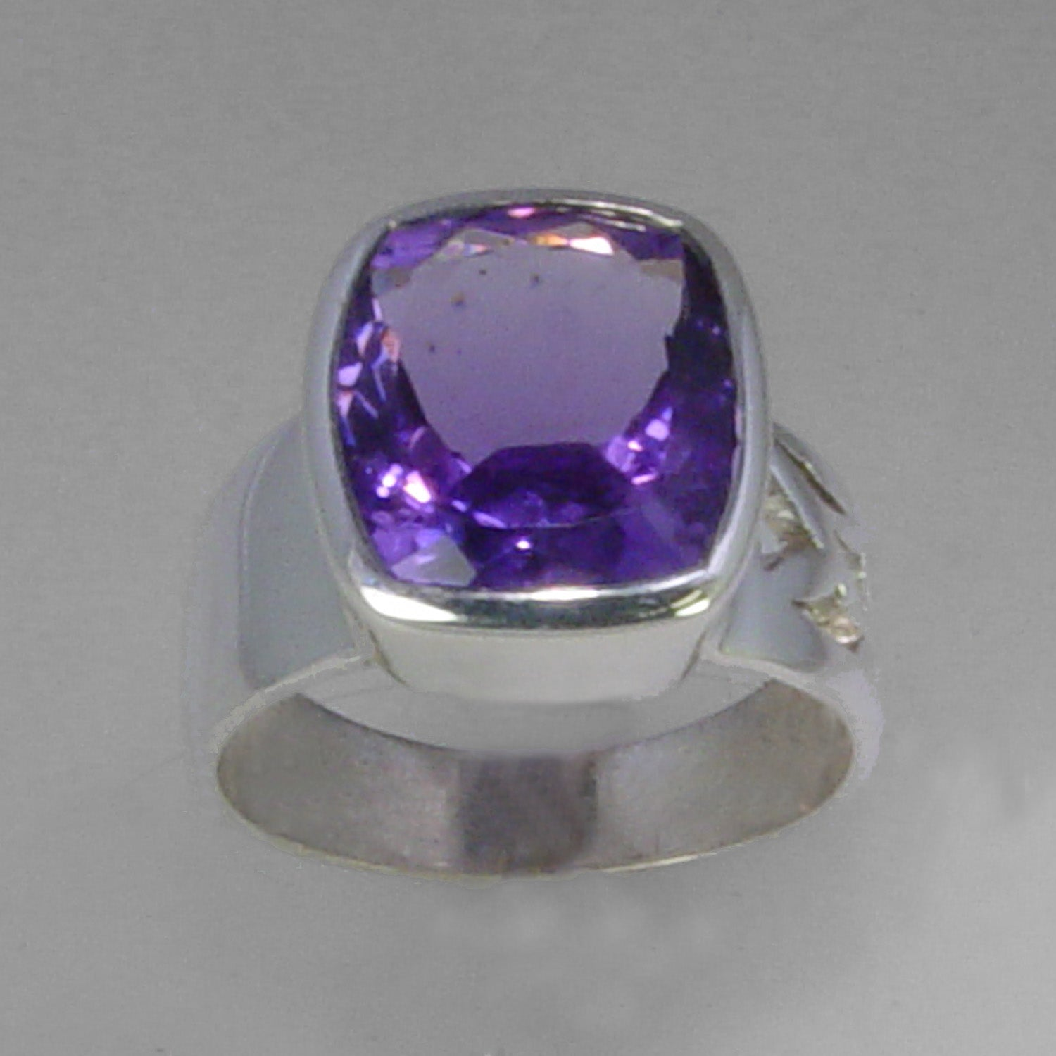 Amethyst 6 ct Antique Emerald Cut Bezel Set Sterling Silver Ring, Size 7