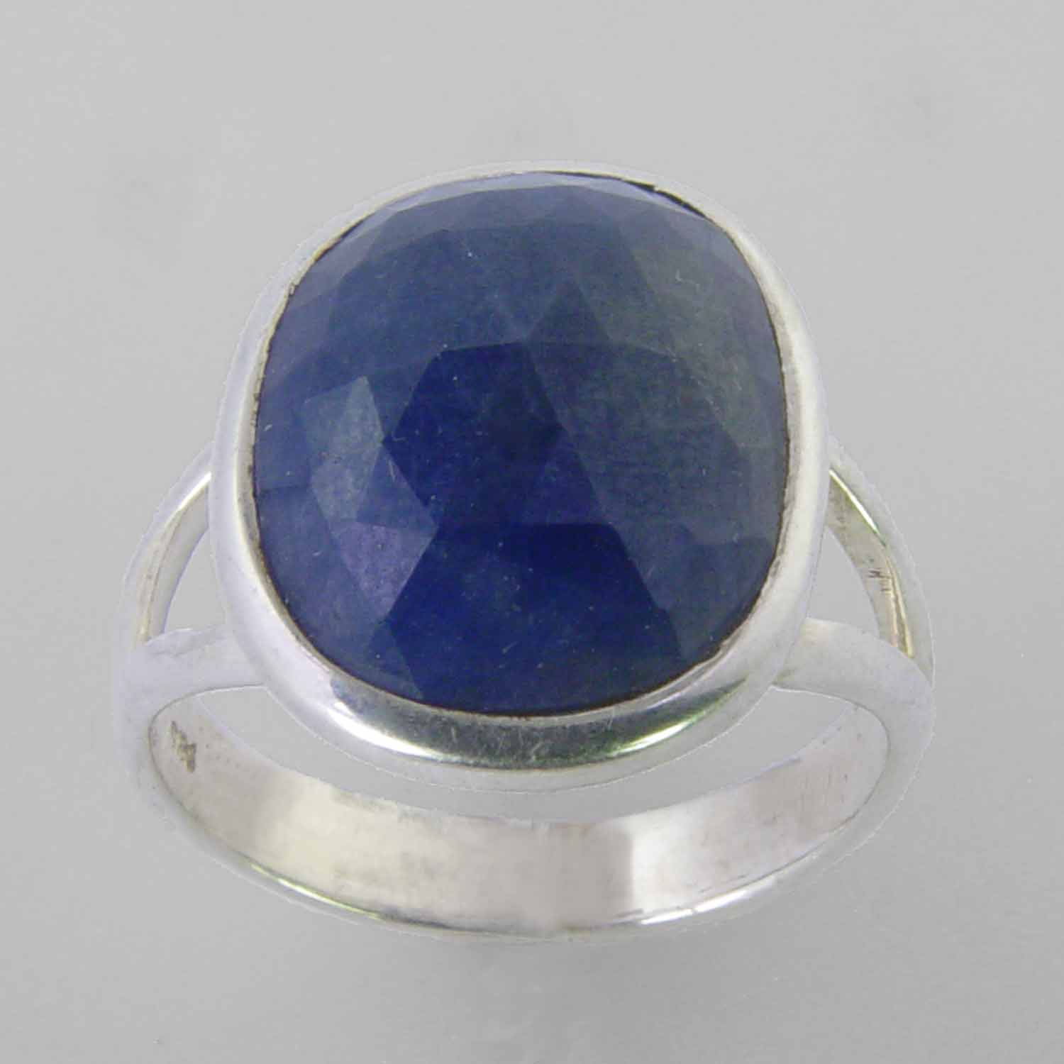 Blue Sapphire 7 ct Faceted Oval Cab Sterling Silver Ring, Size 8.5