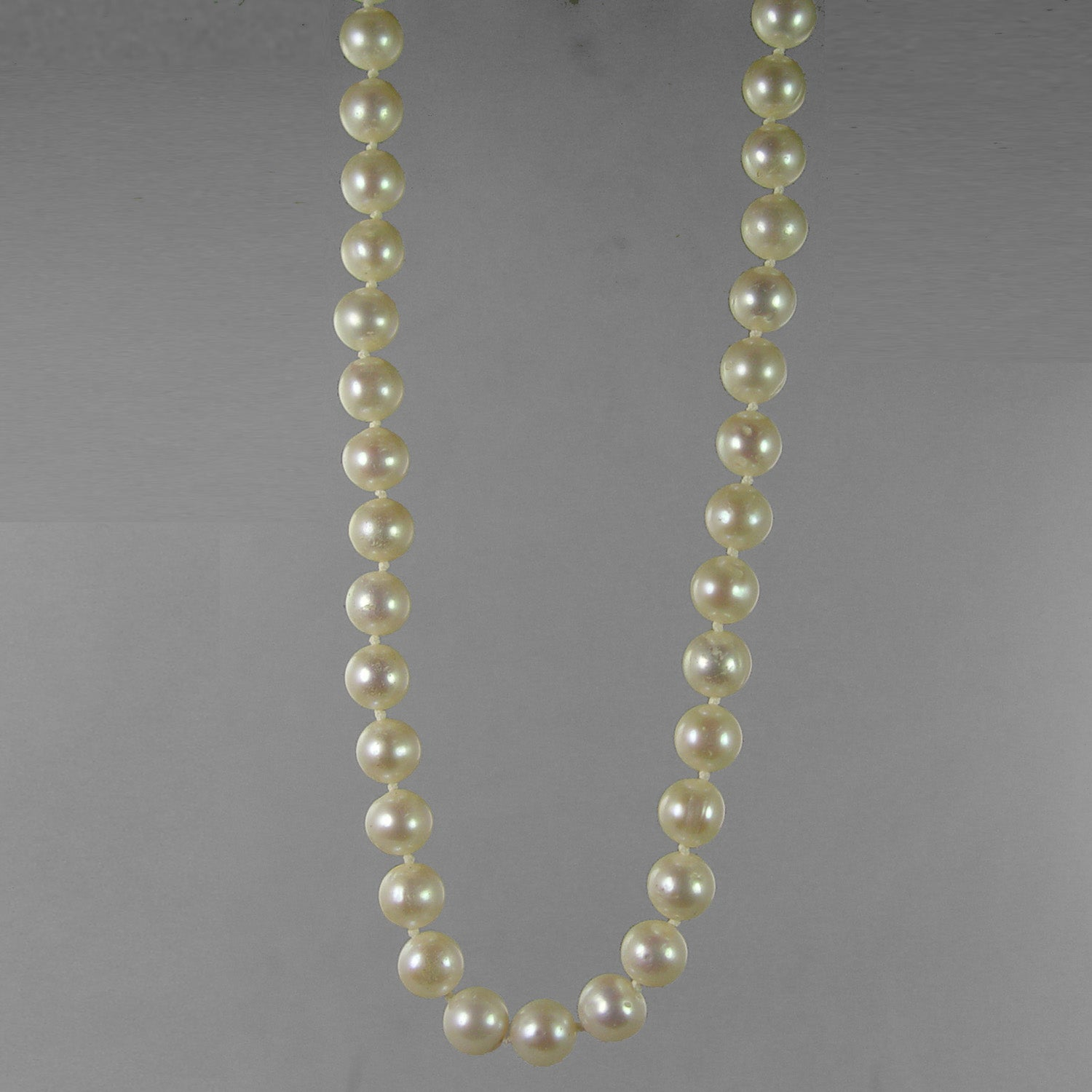 "Pearl 8-8.5 mm Round AA Knotted 18"" Necklace"