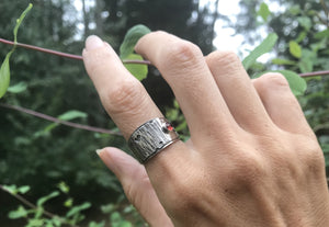 Hungry Caterpillar Ring | Garnet | Size 6.5