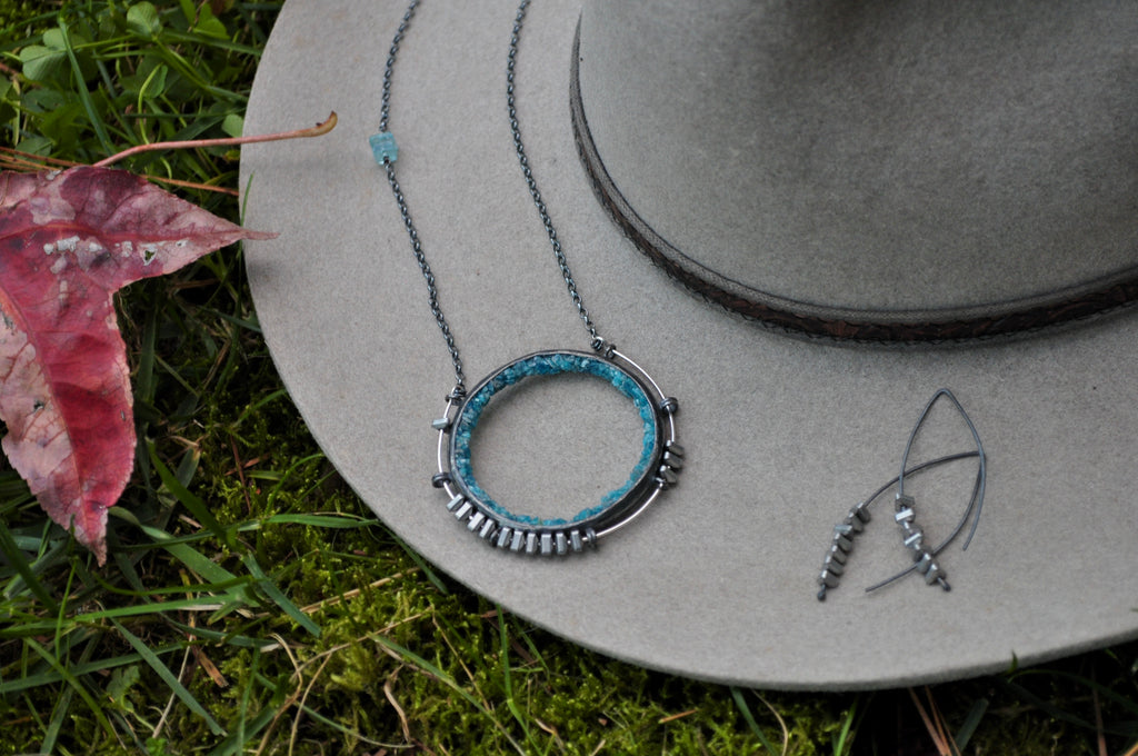 Apatite | Aviator Necklace