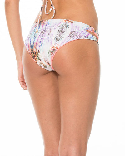 VIVID PEEL CUTOUT BOTTOM MALAI B00258
