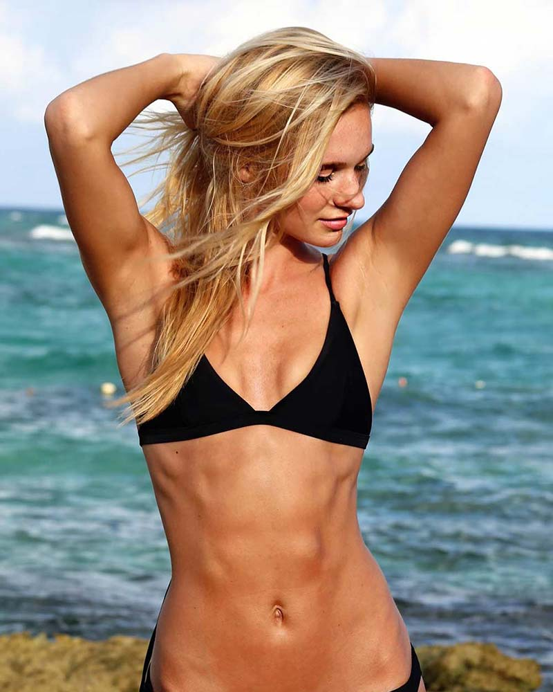BLACK FIXED TRIANGLE SURFER BIKINI TOP BY CORPOBONITO