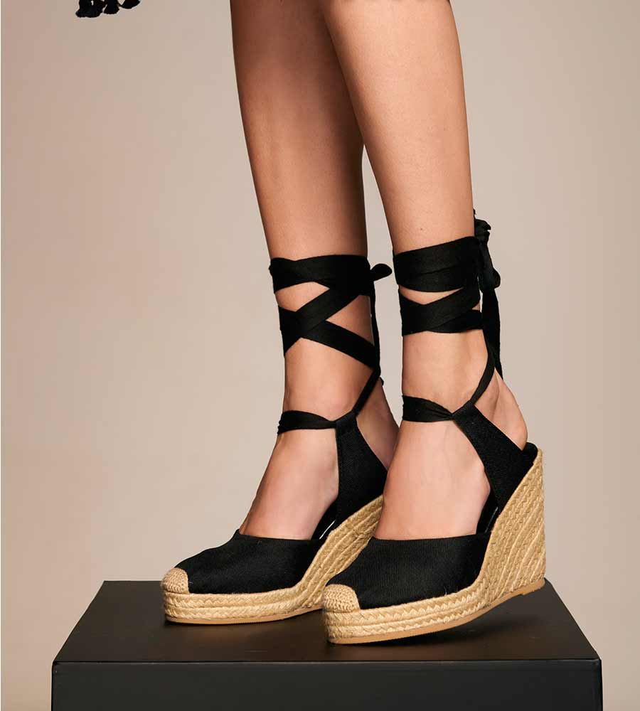 BLACK LACE UP WEDGE ESPADRILLE TOUCHE 0S06N02