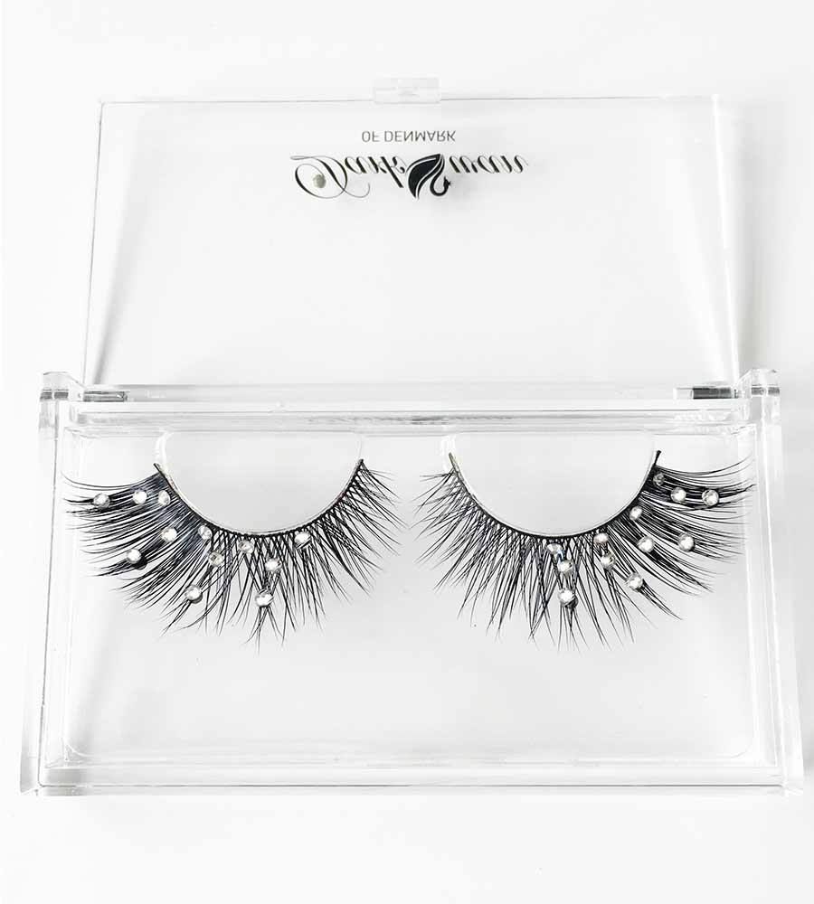 DESIRE (MEDIUM VOLUME) - CRYSTALLISED LASHES DARK SWAN OF DENMARK DS-01