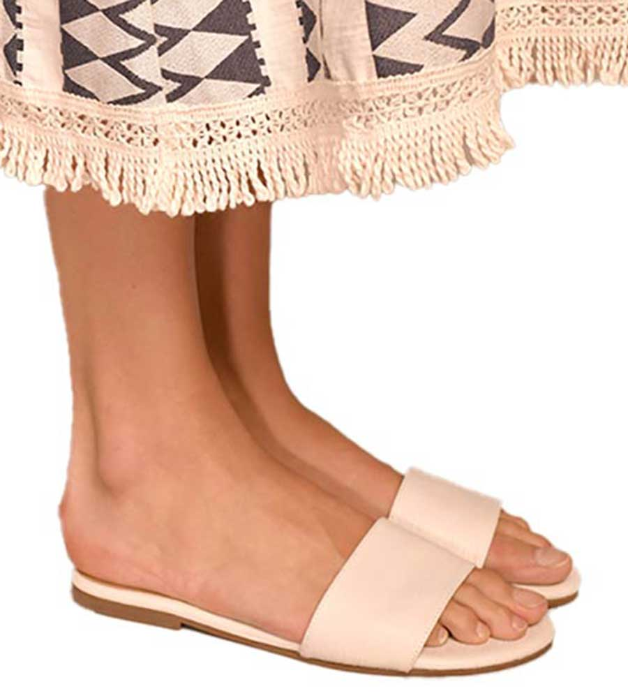 PEARL FLAT SANDAL BY TOUCHE