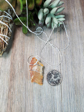 Load image into Gallery viewer, Honey Agate Pendant