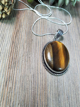 Load image into Gallery viewer, Tiger's Eye Pendant TE2