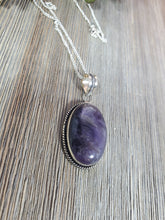Load image into Gallery viewer, Amethyst Oval Pendant
