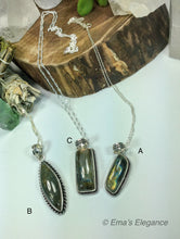 Load image into Gallery viewer, Long Labradorite Pendants