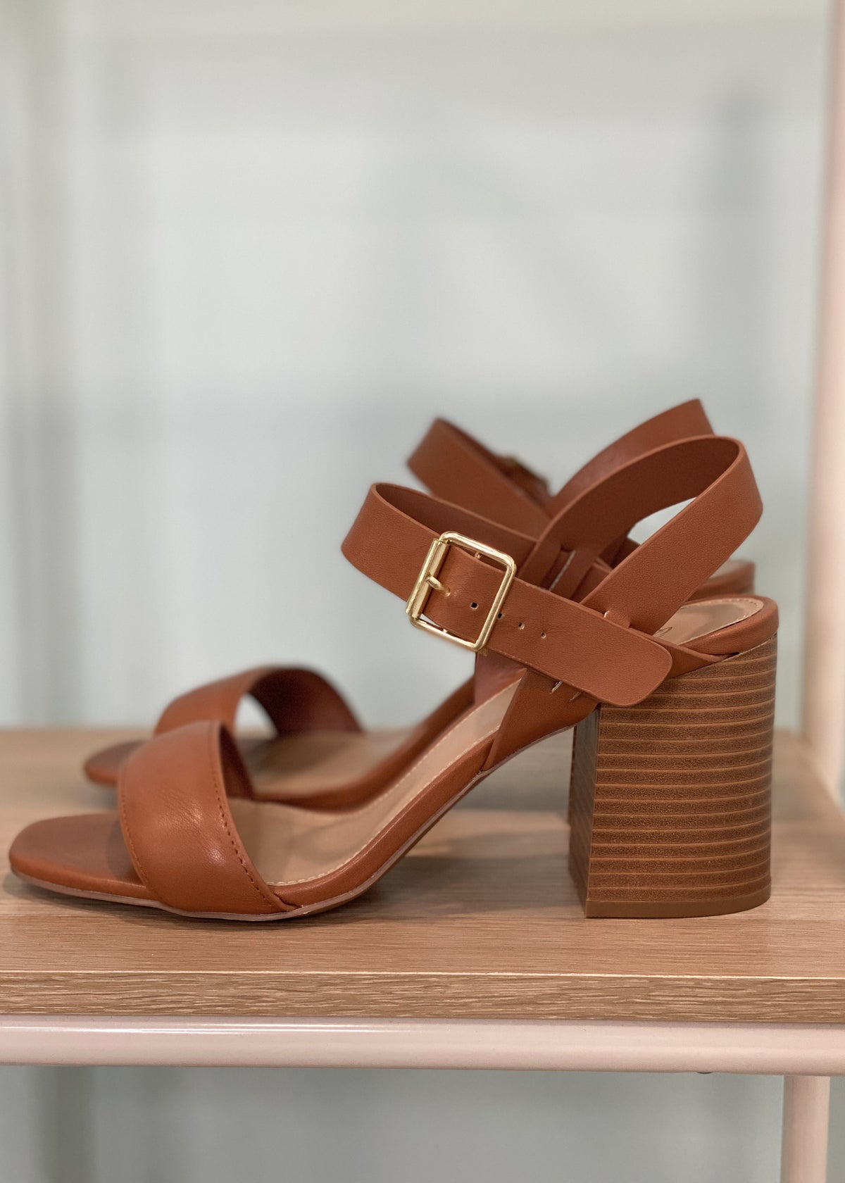 'Sand Storm' Ivory/Beige Chevron V-Neck Sweater