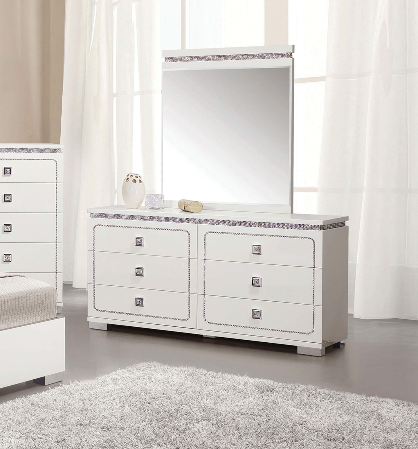 Acme 20255 Valentina Pearl Wood Finish Dresser With Mirror