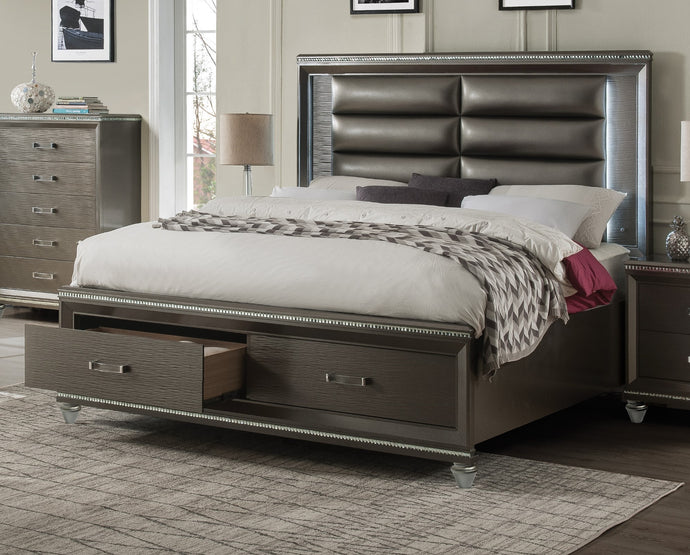 Acme Sadie Champagne Wood Contemporary Finish Eastern King Bed