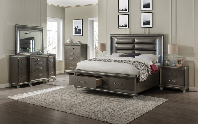 Acme Sadie Champagne Wood Finish 4 Piece Queen Bedroom Set