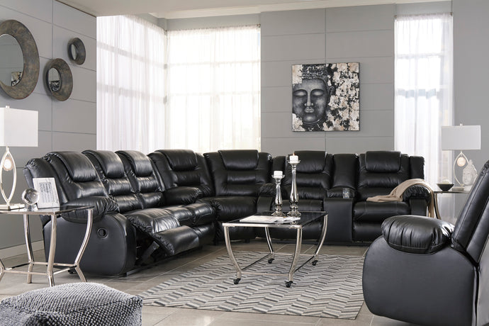 Signature Design Vacherie Black Sectional Sofa With Rocker Recliner