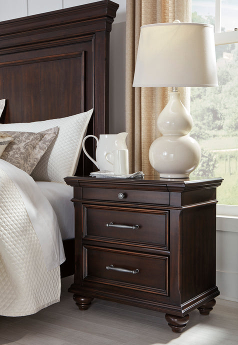 Signature Design Brynhurst Brown Wood Finish Traditional Nightstand