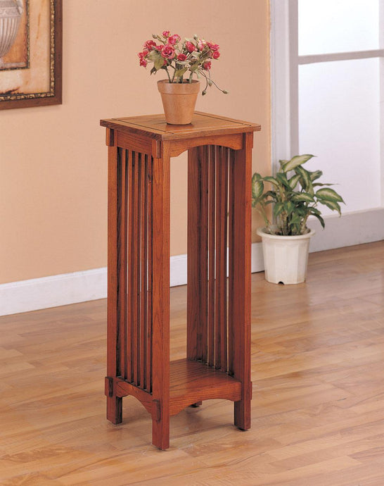 Oak Wood Finish Traditional Accent Stand