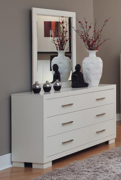 Jessica White Drawers Dresser and Mirror