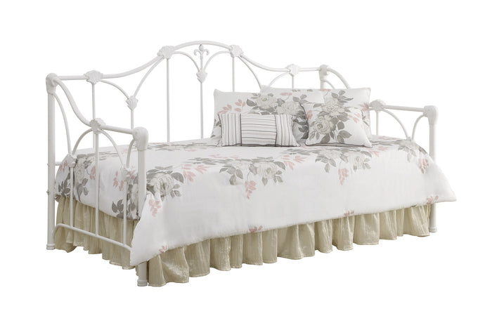 Traditional Style White Metal Daybed