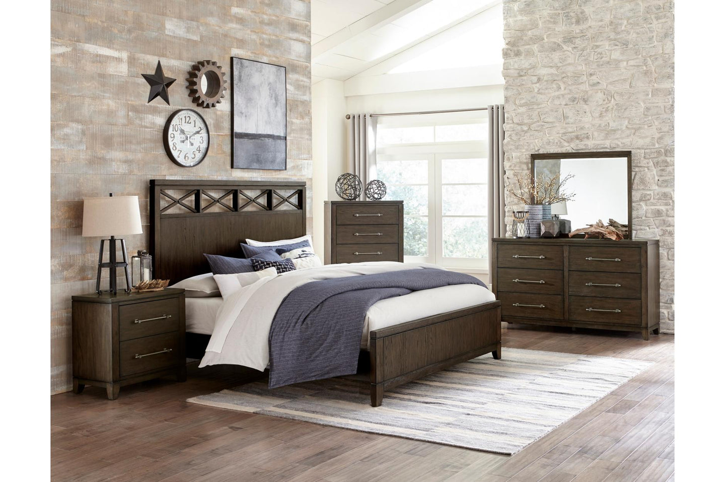 Homelegance Griggs Gray Wood Finish 4 Piece Eastern King Bedroom Set