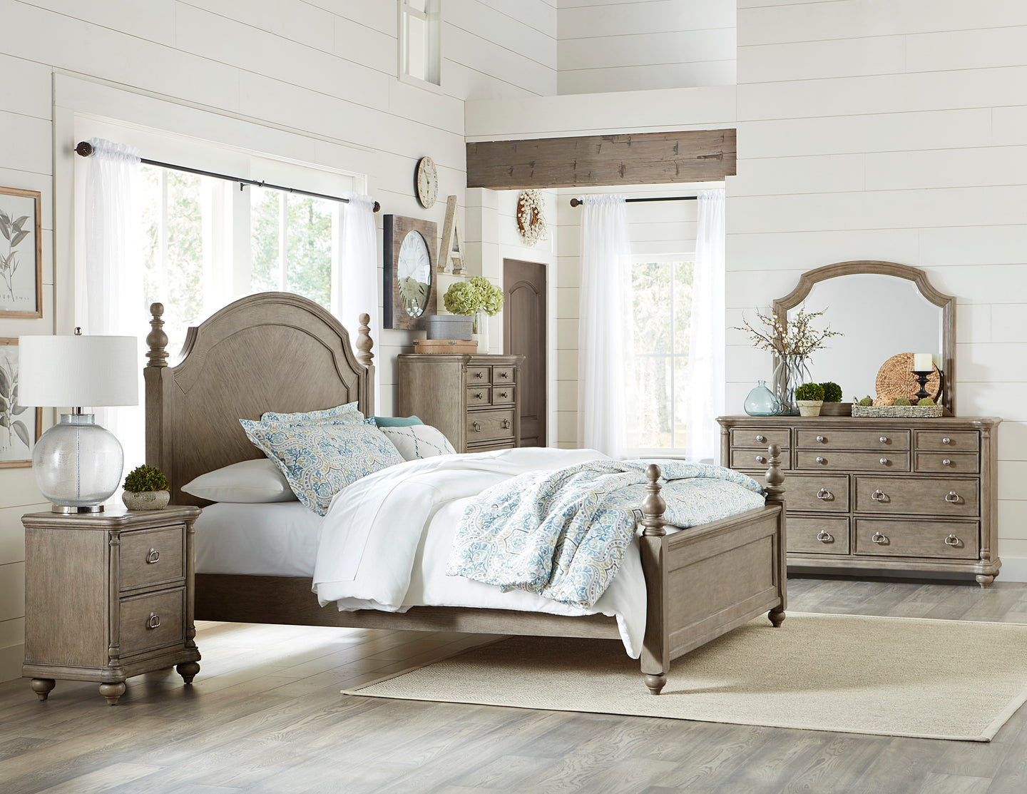 Homelegance Grayling Downs Gray Wood Finish 4 Piece Queen Bedroom Set